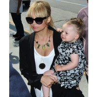 Nicole Richie chic with Harlow Winter, divine necklace and suave jacket. source: celebitchy.com credit: Fame Pictures http://www.celebitchy.com/category/nicole_richie/page/5/