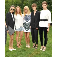 Besties Gwyneth Paltrow and Stella McCartney have teamed up to create a collection of wardrobe essentials for Gwyneth's website, goop. http://www.stellamccartney.com/experience/en/stella-mccartney-and-gwyneth-paltrow-launch-their-exclusive-capsule-collect