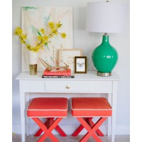 Team unexpected tones together. Styling: Caitlin Moran. Photography: Natalie Franke. Source: Glitter Guide. http://theglitterguide.com/2013/05/14/3-ways-to-style-your-entryway/?slide=6#content