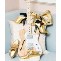 @thecoveteur, a.k.a. thecoveteur.com, at the home of actress Jaime King. http://instagram.com/p/X2kkhgxBe1/