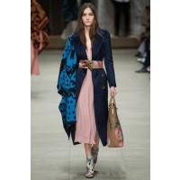 Burberry Prorsum, London Fashion Week Autumn/Winter 2014. Source: Indigital via Vogue UK. http://www.vogue.co.uk/fashion/autumn-winter-2014/ready-to-wear/burberry-prorsum/full-length-photos/gallery/1126030