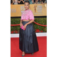 Show off your belly. Source: Getty Image via MTV Style. http://style.mtv.com/2014/01/18/2014-sag-awards-best-dressed/