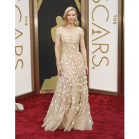 Cate Blanchett in Armani. Source: The Oscars/ABC. http://oscar.go.com/red-carpet/photos/2014-oscars-womens-fashion/media/cate-blanchett-armani