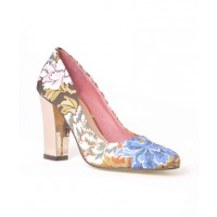 Nude Mercury Block Heels in Tea Rose Print. http://nudefootwear.co/index.php?route=product/product&path=100&product_id=83&Style=Tea%20Rose%20Print