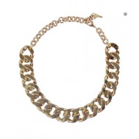 5. Keep: Chunky chains. PeepToe Minerva Statement Necklace, $169. http://www.peeptoeshoes.com.au/jewellery/necklaces/minerva-statement-necklace.html