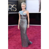 A figure-hugging metallic Armani Prive sequin gown is a red carpet win for Naomi Watts. Source: Glamour.com http://www.glamour.com/fashion/blogs/slaves-to-fashion/2013/02/oscars-2013-red-carpet-cast-yo.html