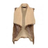 Decjuba Faux Fur Vest, $139.95. http://www.decjuba.com.au/shop/view/908/faux-fur-vest?productColourId=1580