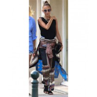 Nicole in St Tropez http://www.celebritystreetstyle.com/blog/item/nicole_richie_fashion_tropez_shorts_photos_072613
