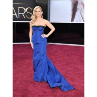 Reese Witherspoon in Louis Vuitton. Source http://photos.mercurynews.com/2013/02/24/photos-who-theyre-wearing-academy-awards-2013/#6