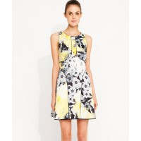 Portmans find it here http://www.portmans.com.au/shop/en/portmans/clothing/dresses/piped-zingy-floral-dress