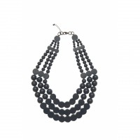 Resin short circles, Elk Accessories, $70 http://www.elkaccessories.com.au/collections/41/summer-2013-lumiere/163/necklaces-pendants/657/resin-short-circles-nl#4210