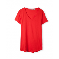 Cap sleeved T-shirt in red, Country Road, $39.95 http://www.countryroad.com.au/shop/woman/clothing/t-shirts-and-tops/cap-sleeve-t-shirt-60157258