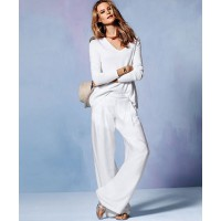 GET THE LOOK > Victoria Secret palazzo pant, WAS$88.00 NOW$49.50 https://www.victoriassecret.com/clothing/pants-c/palazzo-pant?ProductID=167811&CatalogueType=OLS