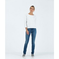 Country Road Vintage Low Rise Jeans, $119.00 http://www.countryroad.com.au/shop/woman/clothing/jeans/60162183/Vintage-Low-Rise-Jean.html
