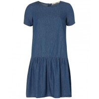Dorothy Perkins Denim Dress, £20 http://www.dorothyperkins.com/en/dpuk/product/clothing-203535/denim-3021939/midwash-drop-hem-denim-dress-3023149?bi=1&ps=20
