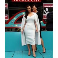 Image via: Fashion Bomb Daily http://fashionbombdaily.com/2014/03/01/hot-hmm-kim-kardashians-vienna-opera-ball-press-conference-max-mara-spring-2014-white-dress-coat/