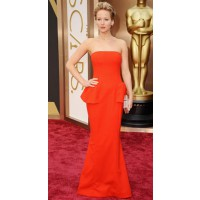 Long Column Dress: Jennifer Lawrence in Christian Dior at the Oscars http://bit.ly/1pQCJfx