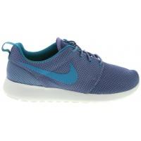 Nike Roshe Run 14 sneakers in violet, $99.99 via Glue Store http://www.gluestore.com.au/nik-rosherun-wmns-23.html