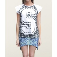 Shakuhachi Zebra T-shirt Tee Curve Line with Normal Sleeve $65 http://www.shakuhachi.net/new-arrivals/zebra-t-shirt-tee-curve-line-with-normal-sleeve