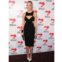 Gwyneth Paltrow rock Michael Kors cut out dress http://www.upscalehype.com/tag/gwyneth-paltrow/