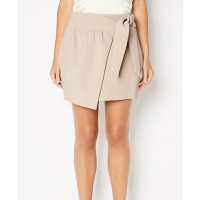 Waist detail at Witchery http://www.witchery.com.au/shop/new-in/her/60164623/Knot-Front-Wrap-Skirt.html